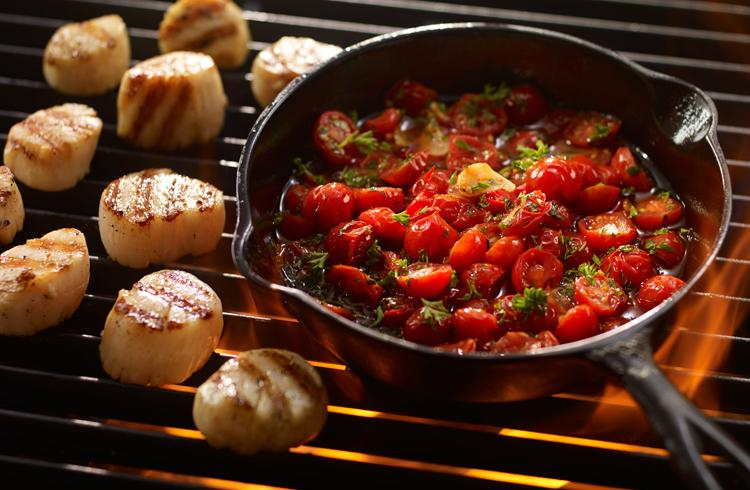 Grilled Scallops with Sautéed Tomatoes and Chillies